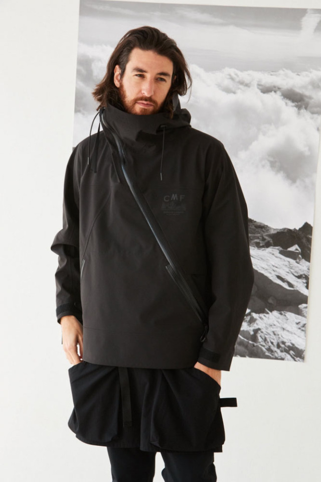 COMFY OUTDOOR GARMENT SLASH SHELL BLACK