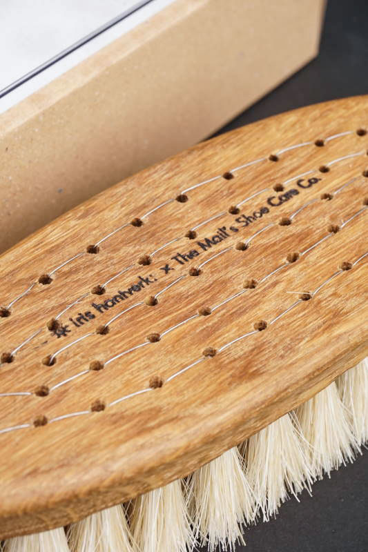 IRIS HANTVERK × The MAIL'S shoe care Co. HAND CRAFTED BRUSH -Horse -
