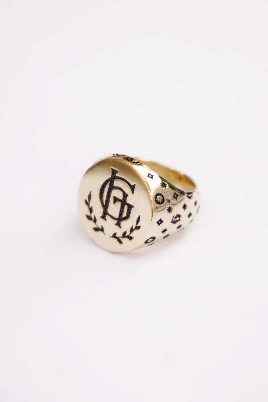 GLAD HAND JEWELRY RING FAMILY CREST