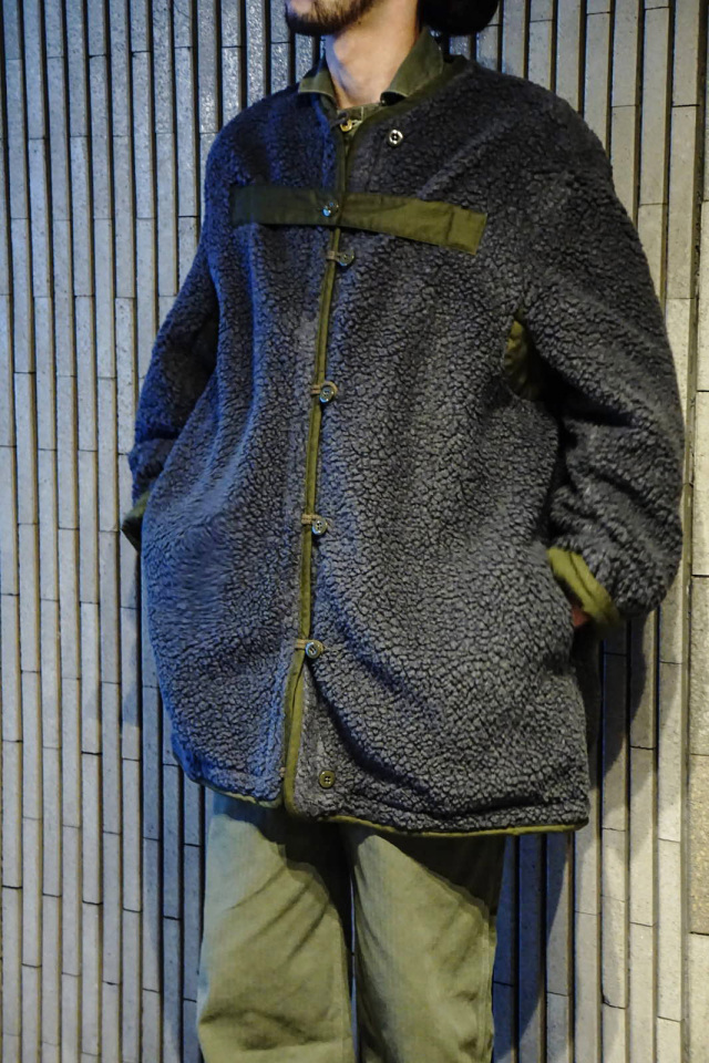 GANGSTERVILLE RISE ABOVE - PILE COAT KHAKI×GRAY