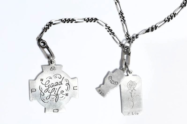 Peanuts & Co. GOOD LIFE CHARM
