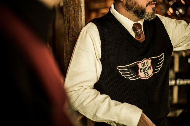 OLD CROW CROW WING - VEST BLACK